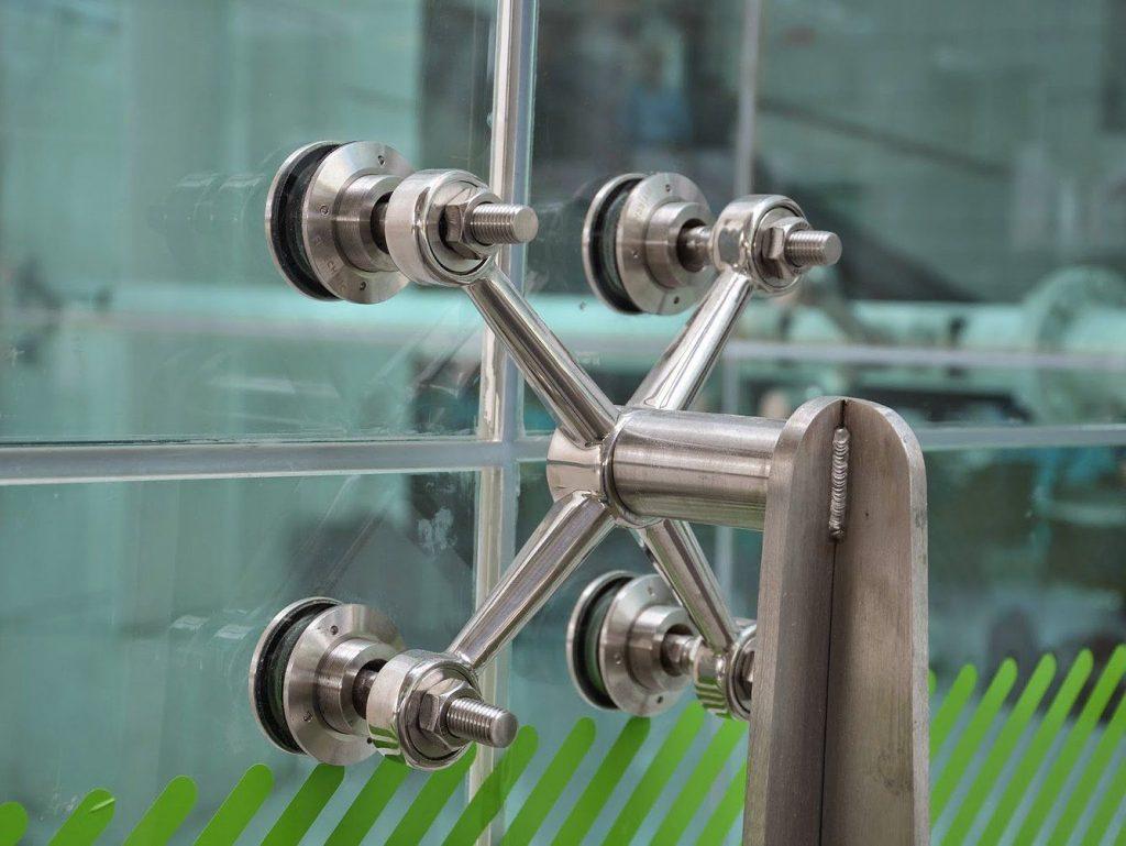 Vantagens fachada spider glass